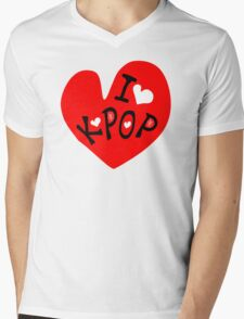 I love k-pop txt heart vector graphic line art Mens V-Neck T-Shirt