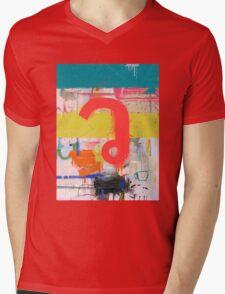 "Thai Characters ""ว"" Mens V-Neck T-Shirt"