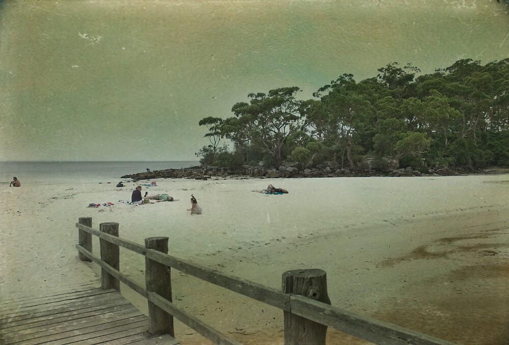 Green Patch Beach by garts