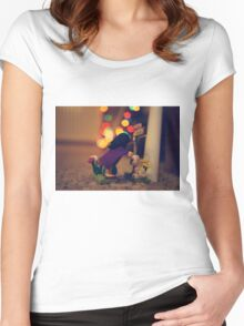 The Girl in the Purple Cloak Women's Fitted Scoop T-Shirt