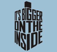 Bigger on the inside - Dark Kids Tee