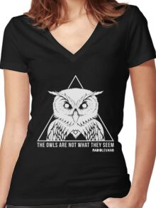 RADIOLEVANO - Twin Peaks - Owl Women's Fitted V-Neck T-Shirt