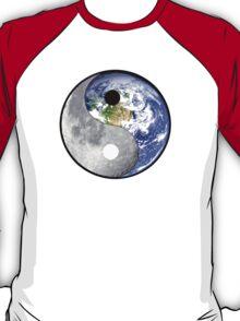 yin yang earth moon T-Shirt