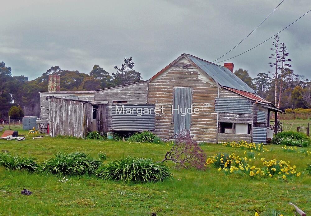Old farmhouse, Tasmania by Margaret  Hyde