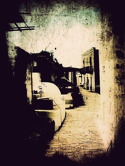 Iddu's alleyway 11 by FilleDeLEau