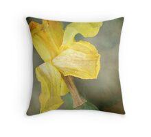 Daffodil Throw Pillow