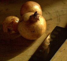 Onions ready for chopping  by AbsintheFairy