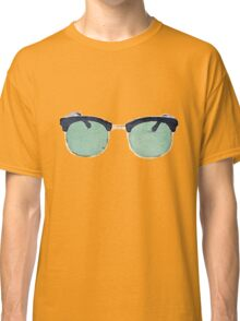 Vintage Sunglasses in Watercolor - Trendy/Summer/Hipster Style Classic T-Shirt