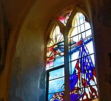 Bill Fiske Memorial Window, Boxgrove by Dave Godden