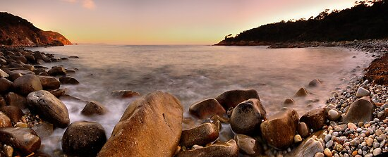 Bluestone Bay by Garth Smith