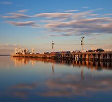 Sunset on the pier by peterperfect