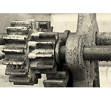 gears under the rain Photographic Print