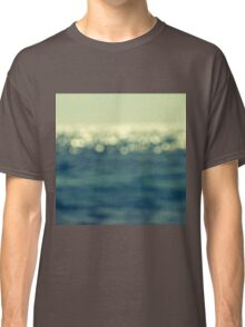 blurred light Classic T-Shirt