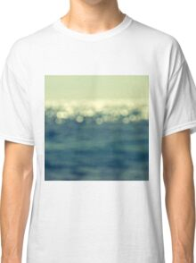 blurred light Classic T-Shirt