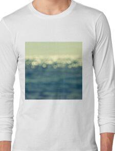 blurred light Long Sleeve T-Shirt