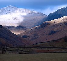 Lake District - Bowfell above Eskdale by WillH