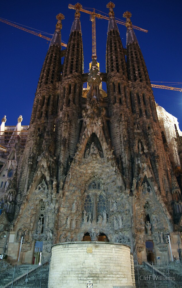 Sagrada Familia with no visitors!! by Cliff Williams