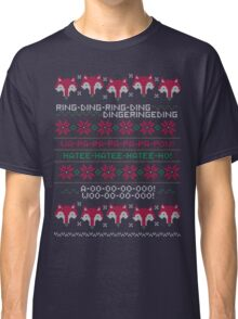 How Does a Fox Knit? Classic T-Shirt