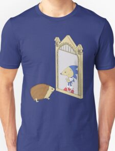 Hedgehog sees Sonic in Mirror of Erised (Harry Potter) Unisex T-Shirt