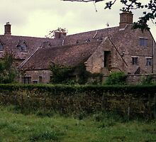 Sulgrave Manor - Home of G. Washington's ancestors by nealbarnett