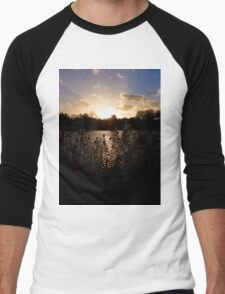 Sunset and lake Men's Baseball ¾ T-Shirt