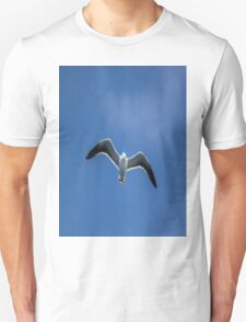 Gull in the sky Unisex T-Shirt