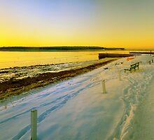Findhorn bay . by donnnnnny
