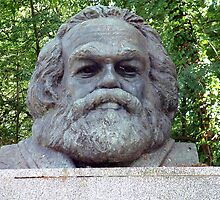 Karl Marx Headstone by Paul  Green