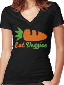 Eat Veggies Women's Fitted V-Neck T-Shirt