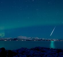 Aurora Borealis -The natural fireworks in the sky by Frank Olsen