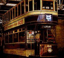 Vintage Tram by Linda Hoey