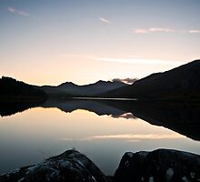 Sunset at Llyn Mymbyr by Carlb40