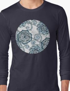 Shabby Chic Navy Blue doodles on Wood Long Sleeve T-Shirt