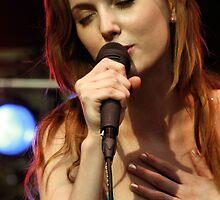 Sarah Smith by luckylarue
