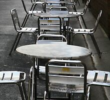 to sit. queen vic market, melbourne by tim buckley | bodhiimages