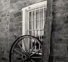 Wagon Wheel ~ Black & White by Lucinda Walter