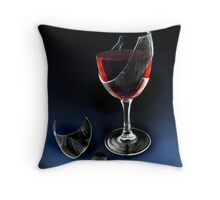 full bodied Throw Pillow