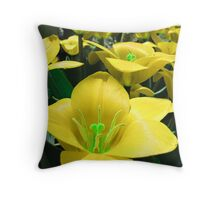 Tulipa Series Throw Pillow
