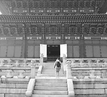 Palace in Seoul by Janis Möller