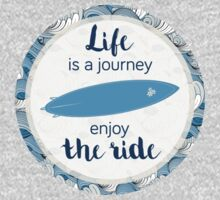 Life is a journey - surf waves by metroymedio