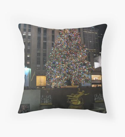 Christmas Tree with Ice Skaters Throw Pillow