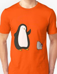 Little Penguin Likes to Draw! Unisex T-Shirt