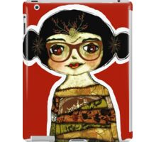 XOmbie girl margaret iPad Case/Skin