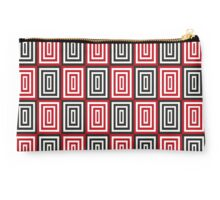 Trippy red & black squared pattern Studio Pouch