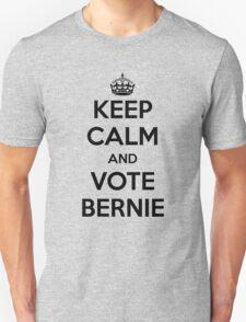 Vote Bernie 2016 (black text) T-Shirt