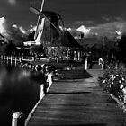 Windmill  by peterperfect