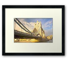 LONDON_View 106 Framed Print