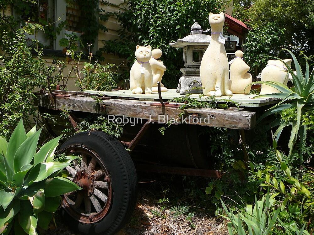 Modern Art on an Old Wagon by aussiebushstick
