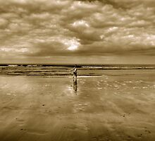 Carefree - Running From Waves, Lossiemouth by bigredt