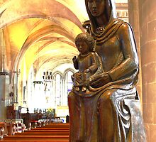 St Mary The Virgin by Dave Godden